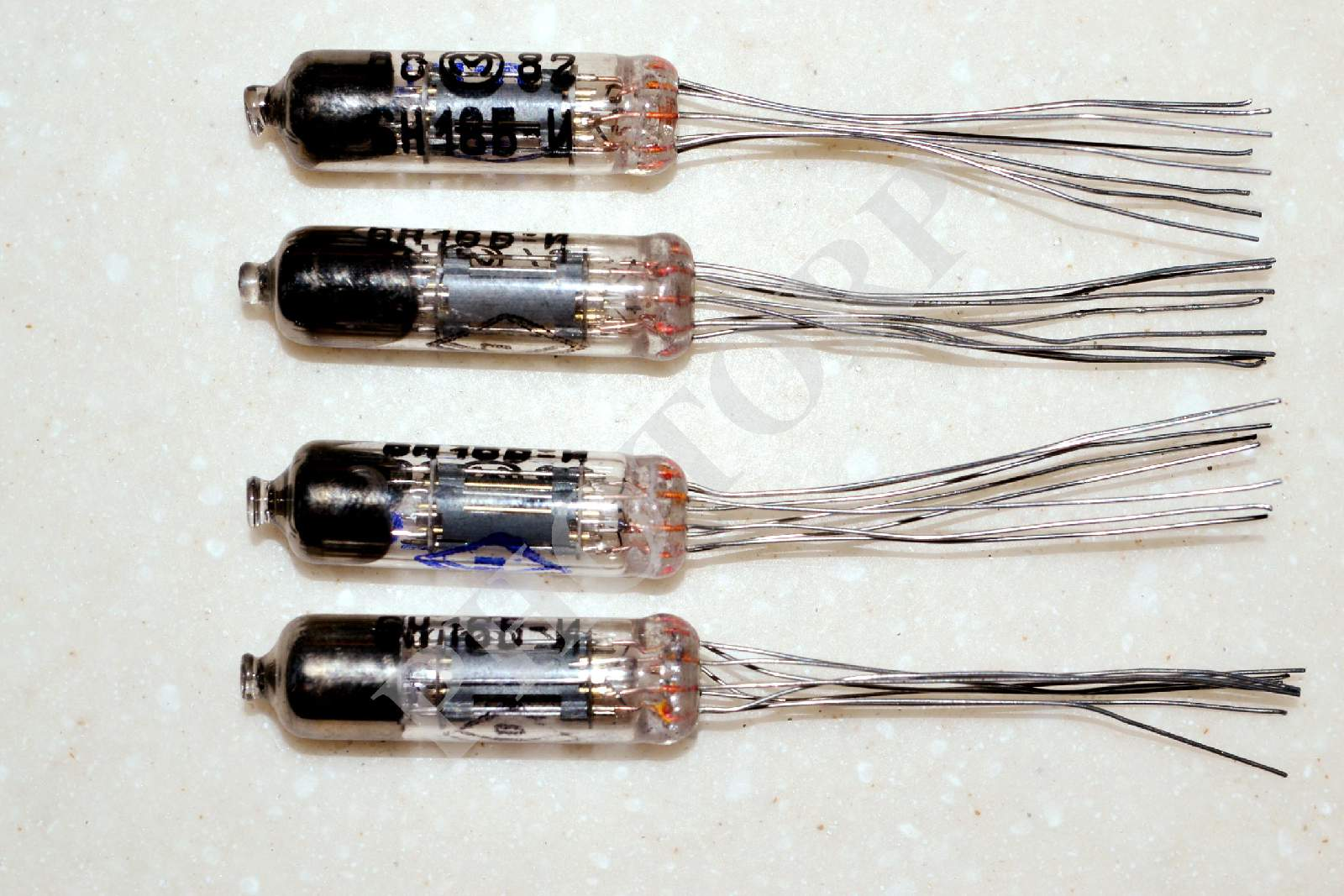 4x 6N16B-I / 6Н16Б-И Double Triode Miniature Tube MELZ Soviet USSR Russian NEW